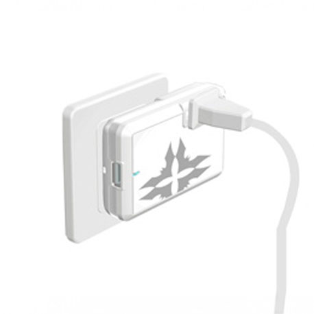 Mojo Slim Universal Travel Adapter